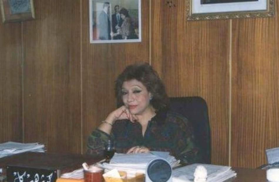 الكاتبة كوثر هيكل