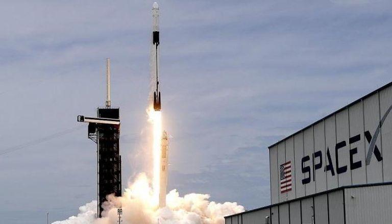 أول رحلة سياحية إلى الفضاء تتهيأ للإقلاع