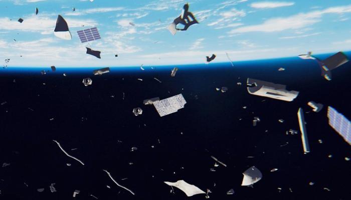 قطع متناثرة في الفضاء