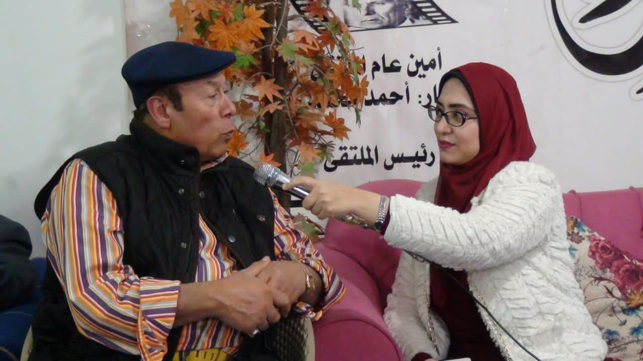 د. شيماء عمارة محرر جداريات - والفنان أحمد ماهر