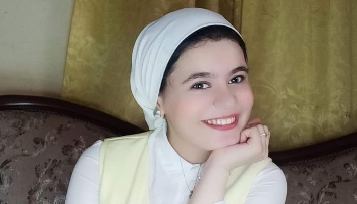 الفنانة سالي مجدي مراد