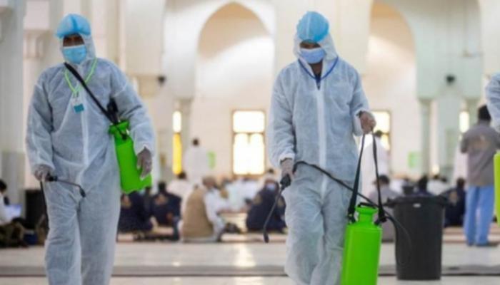 تعقيم المساجد بالسعودية- أرشيفية