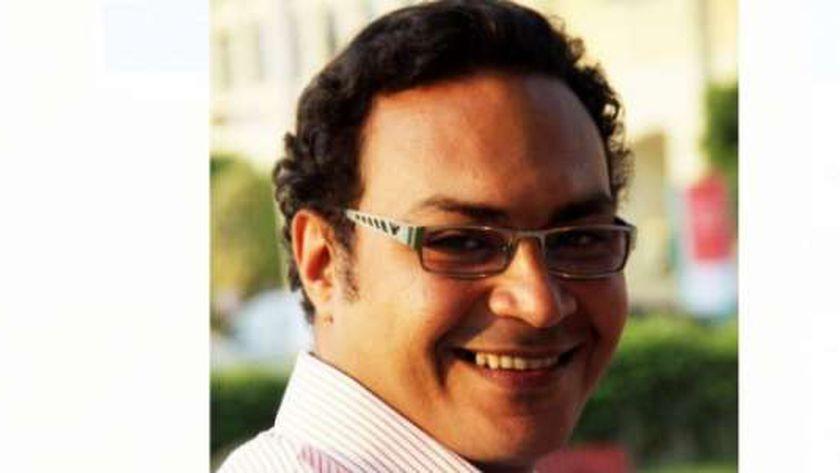 مصطفى عوض مصمم الجرافيك والإعلان بوزارة الثقافة المصرية