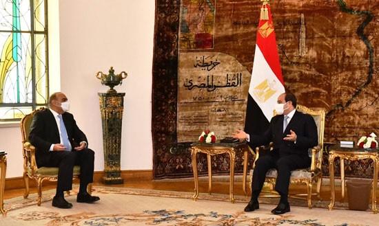 لقاء السيسي ورئيس وزراء الأردن