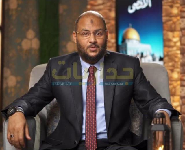 د. زين العابدين كامل - أكاديمي متخصص في التاريخ الإسلامي